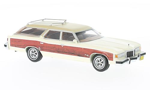 Pontiac Grand Safari , white/wood optics
