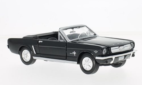 Ford Mustang Convertible, black